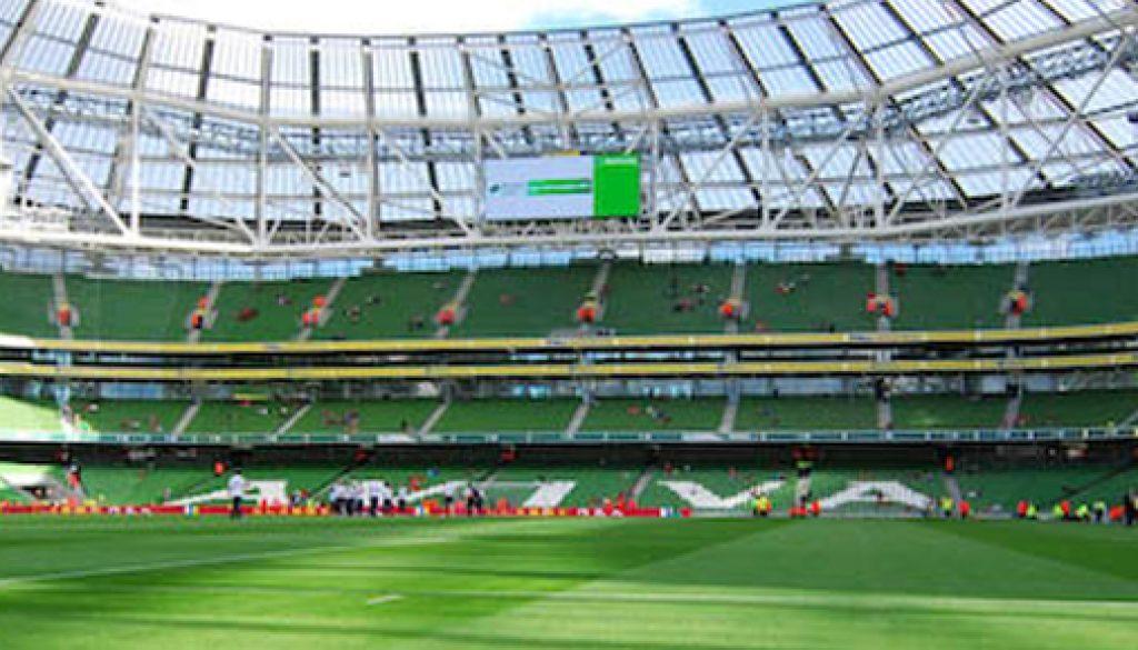 stadium-cleaning
